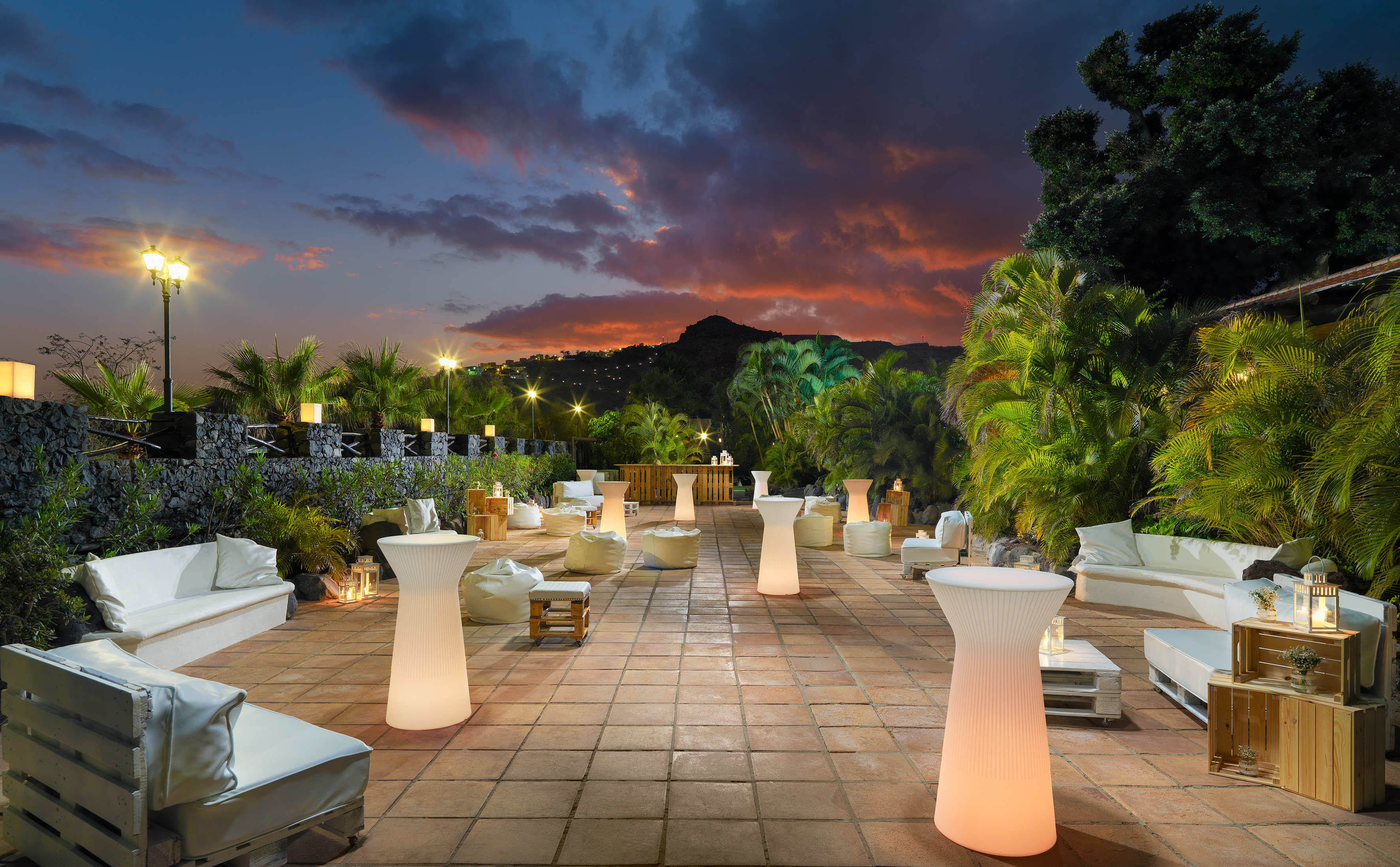 Jardines chill out elegant ideas decorar sala de estar - Chill out jardin ...